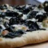 Swiss_chard_pizza